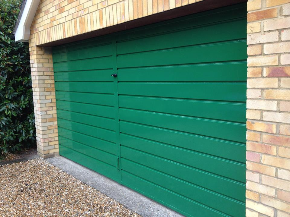 garage door painting yateley
